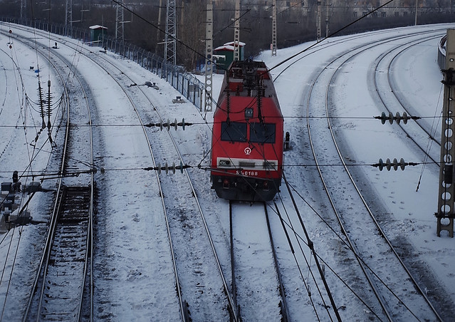train-railway-locomotive-track-railroad-track 图片素材