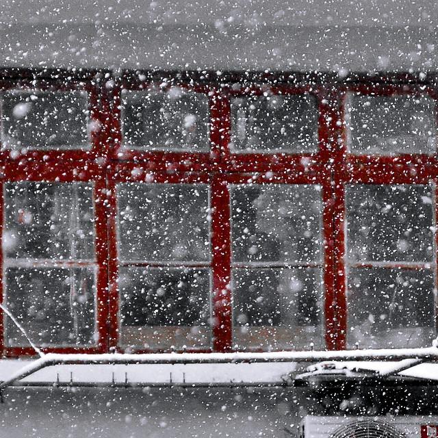 desktop-wet-urban-texture-winter 图片素材