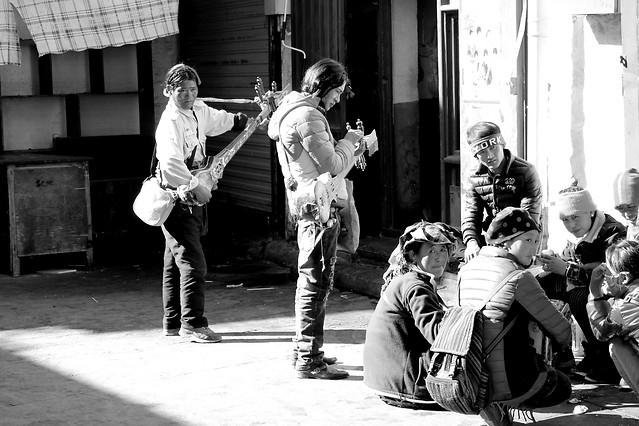 people-group-together-group-adult-street picture material