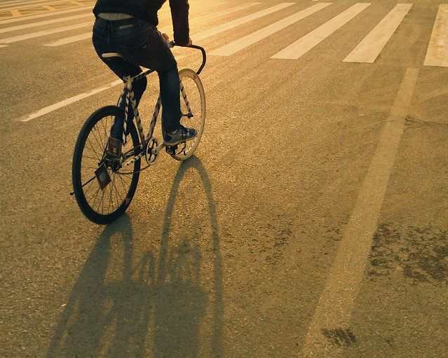 wheel-bike-cyclist-road-street picture material