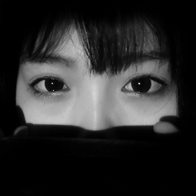girl-portrait-face-woman-monochrome 图片素材