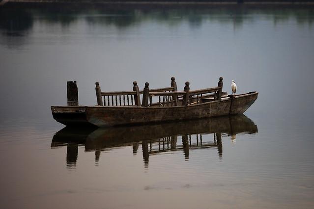 water-no-person-reflection-lake-sunset 图片素材