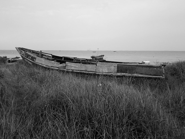 no-person-water-abandoned-monochrome-vehicle picture material