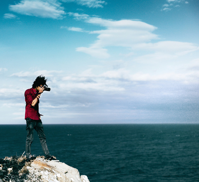 sea-sky-cloud-travel-people picture material