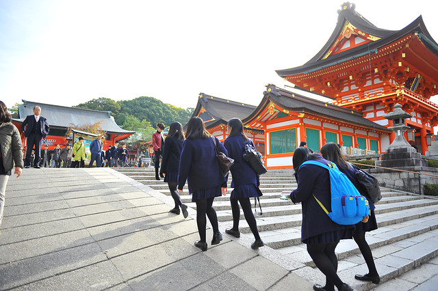people-temple-city-festival-street 图片素材