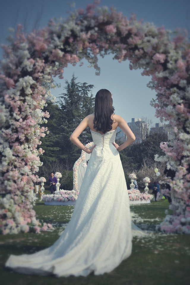 flower-wedding-bride-gown-dress picture material