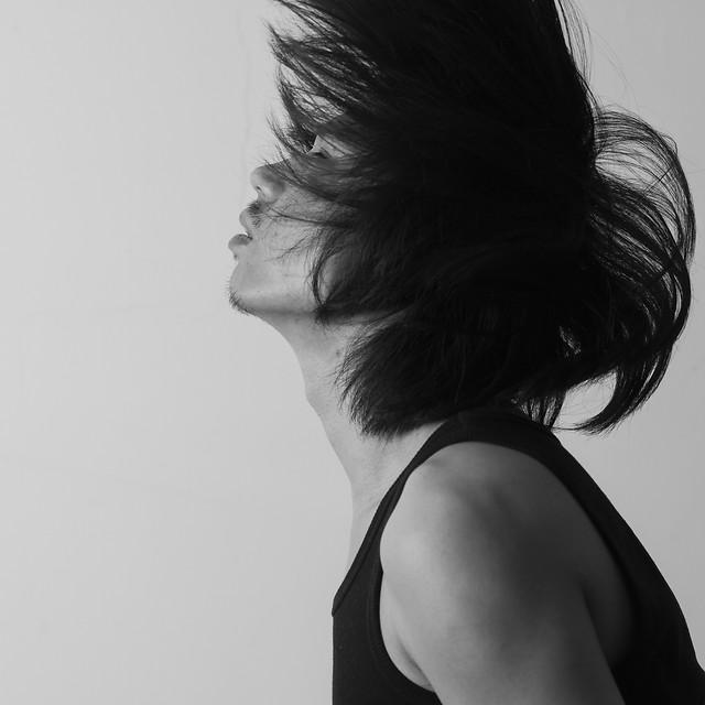 monochrome-girl-portrait-studio-model picture material