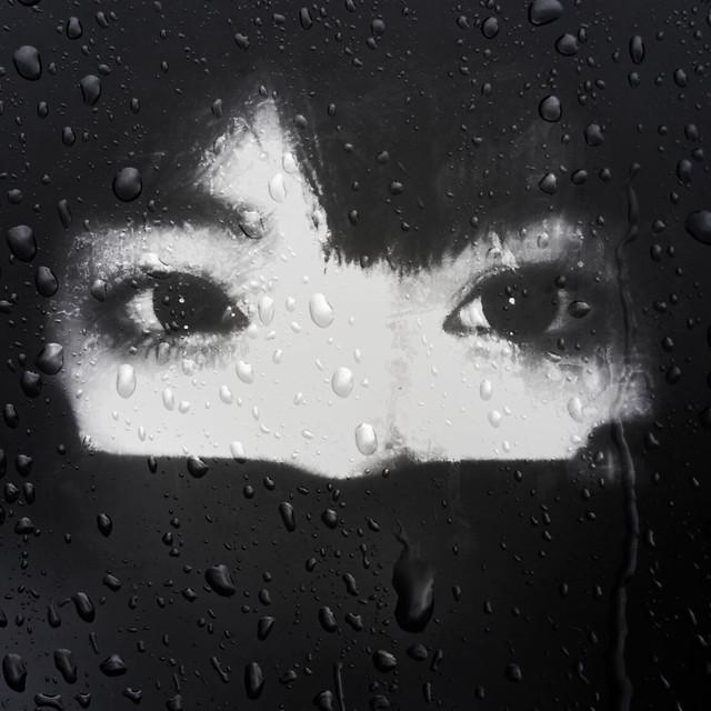 rain-wet-raindrop-girl picture material