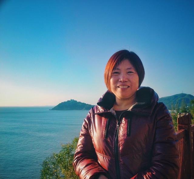 sky-people-sea-leisure-mountainous-landforms picture material