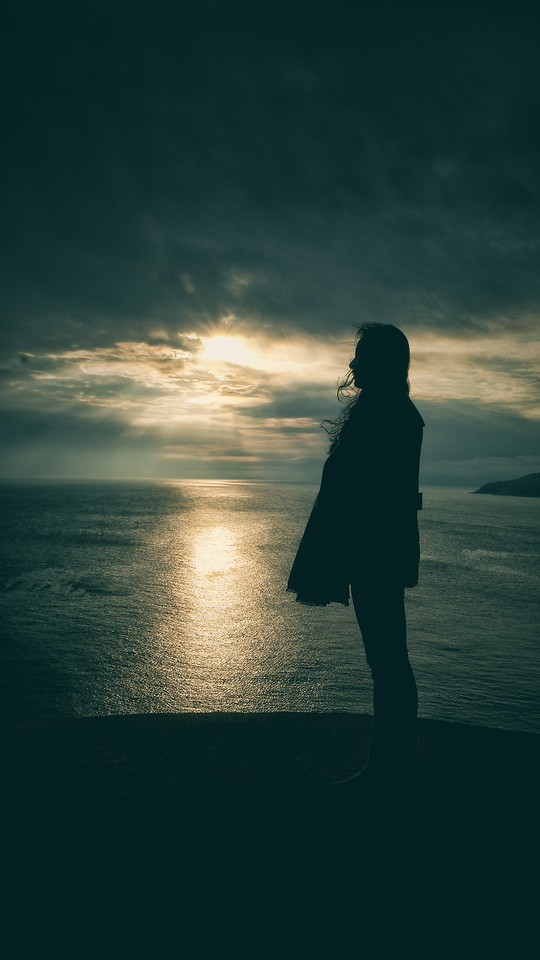 sunset-sea-people-silhouette-beach picture material