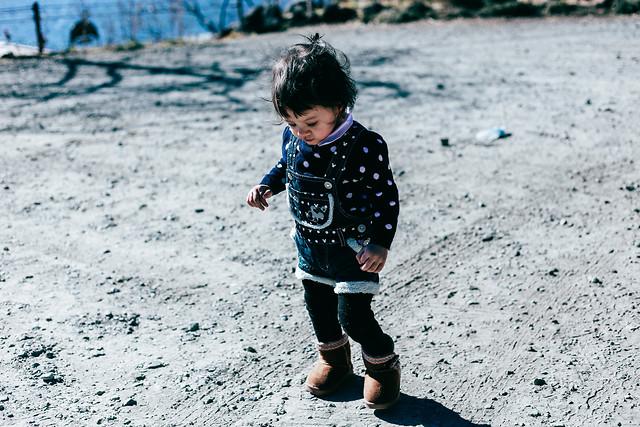 child-fun-one-boy-beach picture material