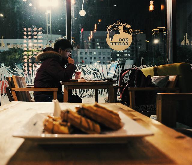 restaurant-people-bar-food-adult 图片素材