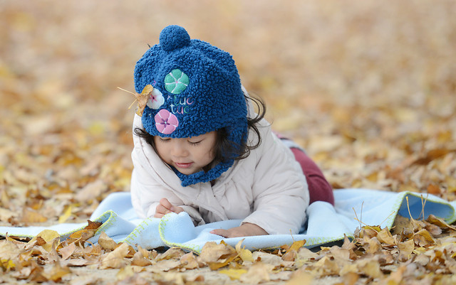 child-little-fun-girl-outdoors picture material