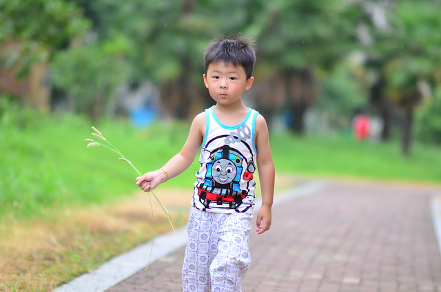 child-fun-summer-outdoors-nature 图片素材