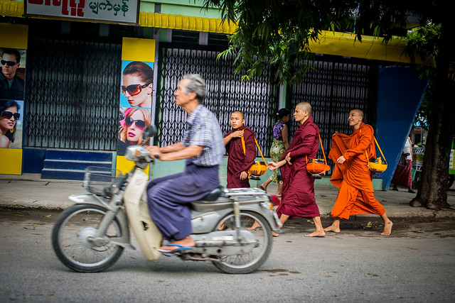 street-people-land-vehicle-road-vehicle picture material