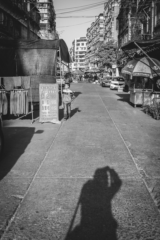 street-people-monochrome-road-city picture material