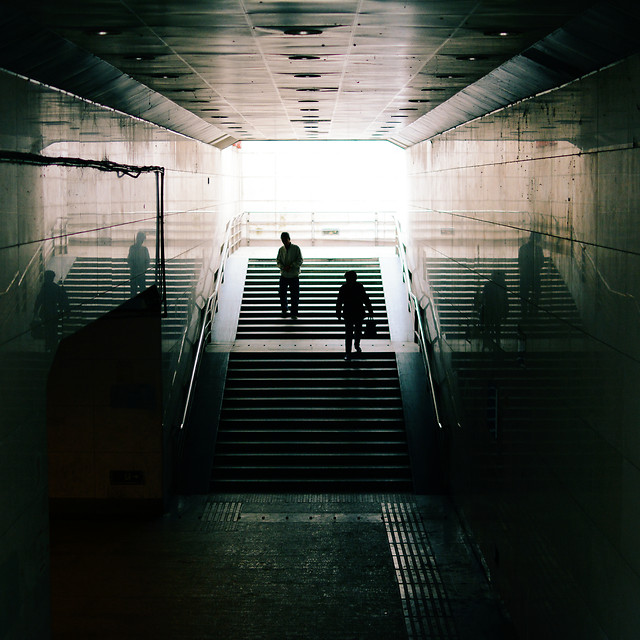 indoors-subway-system-light-hallway-tunnel picture material
