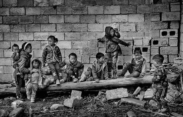 kunming-kunming-people-child-war-group picture material