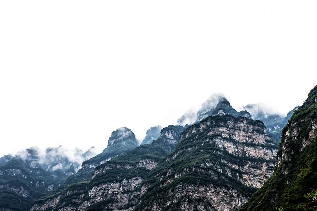 mountain-landscape-rock-sky-mountainous-landforms picture material