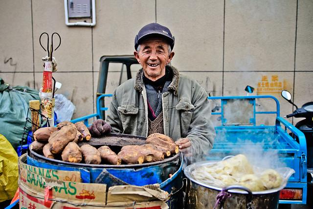 people-market-sell-man-vendor 图片素材