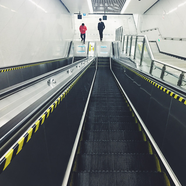 subway-system-airport-transportation-system-escalator-tunnel picture material