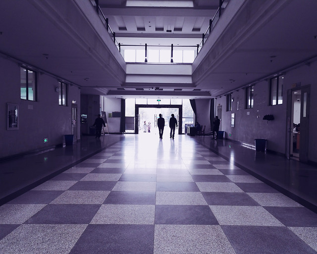indoors-architecture-hallway-subway-system-lobby picture material