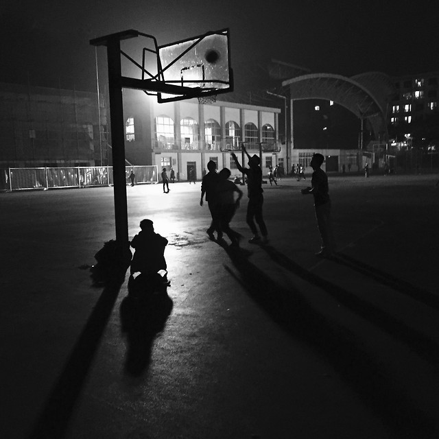 street-monochrome-people-city-light picture material