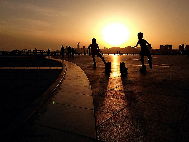 sunset-dawn-sun-silhouette-beach picture material