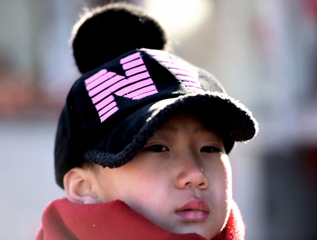 child-portrait-people-winter-baby 图片素材