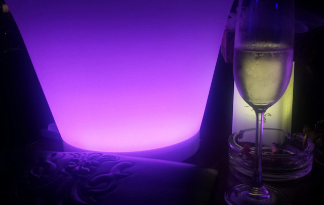 no-person-purple-violet-glass-party picture material