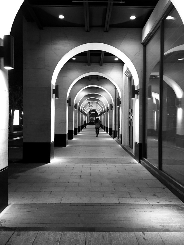 architecture-tunnel-hallway-arch-passage picture material
