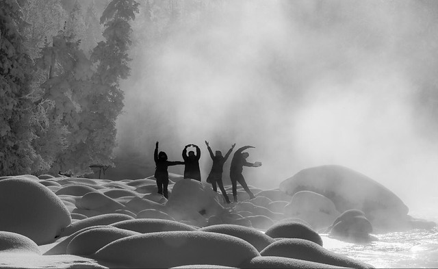people-monochrome-fog-water-landscape picture material