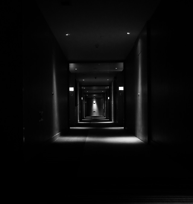 light-tunnel-monochrome-dark-shadow picture material