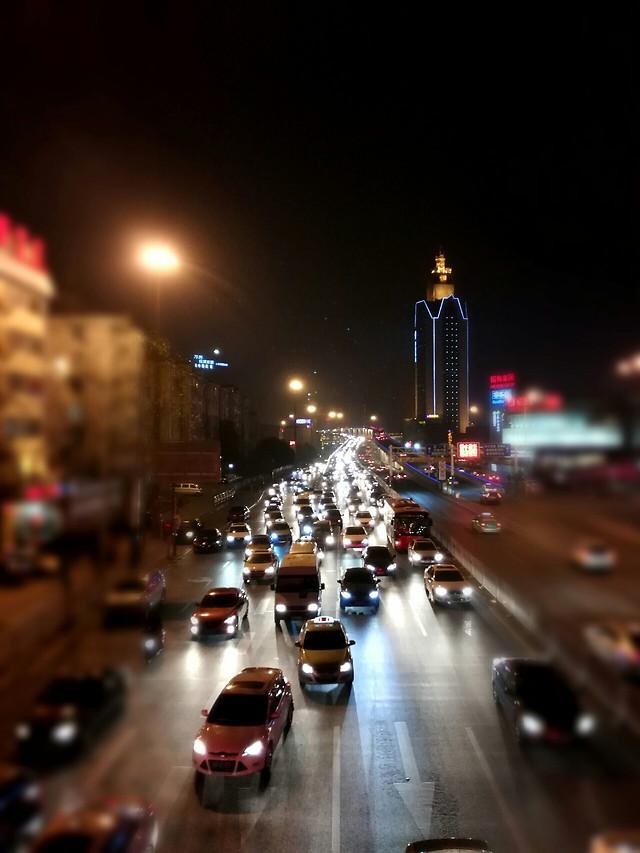 street-road-blur-city-traffic 图片素材