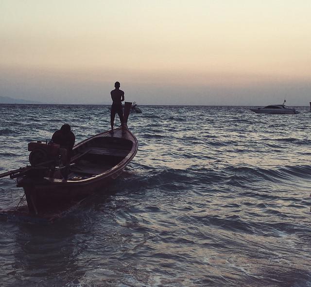 water-watercraft-fisherman-recreation-ocean picture material