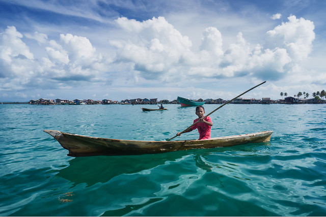 water-watercraft-travel-recreation-no-person picture material