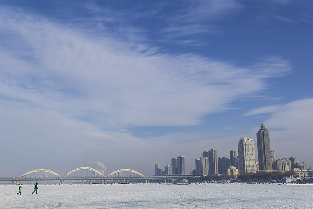 city-travel-skyline-water-sky picture material