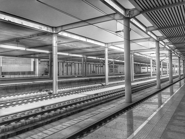 subway-system-steel-train-transportation-system-train-station picture material