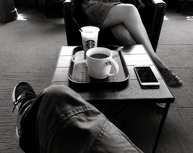 monochrome-coffee-cup-people-woman picture material