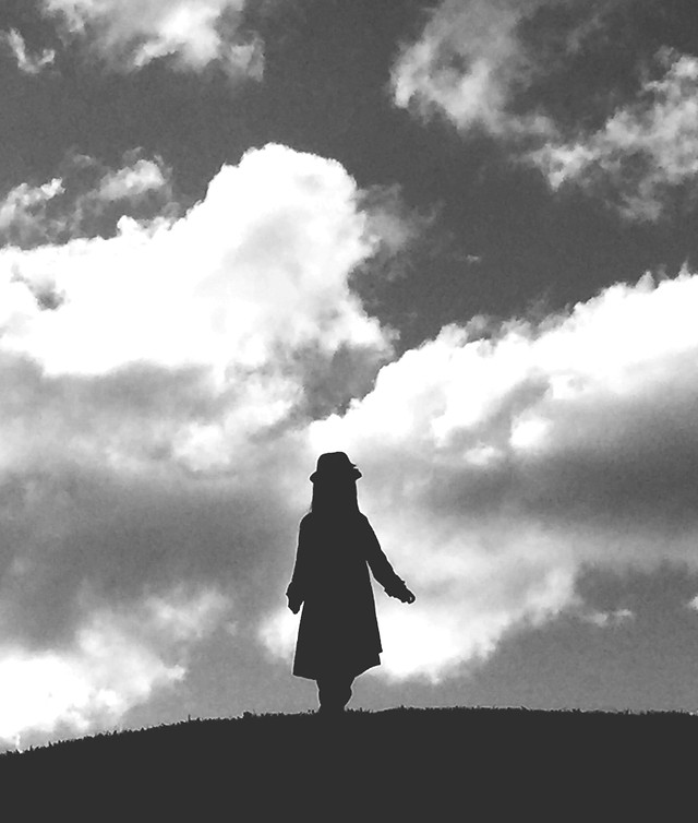silhouette-people-sunset-sky-monochrome picture material