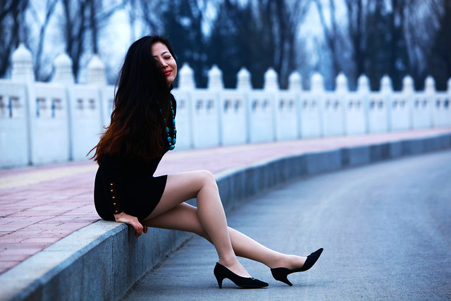 woman-fashion-street-girl-photograph picture material