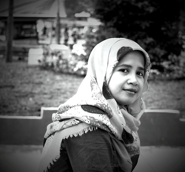 portrait-monochrome-hijab-people-woman 图片素材