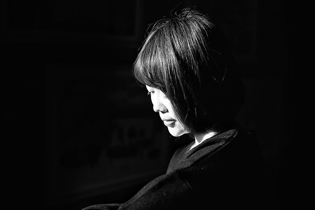 portrait-monochrome-people-one-girl picture material