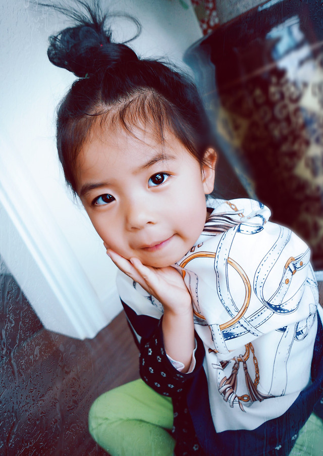 child-girl-portrait-people-cute picture material
