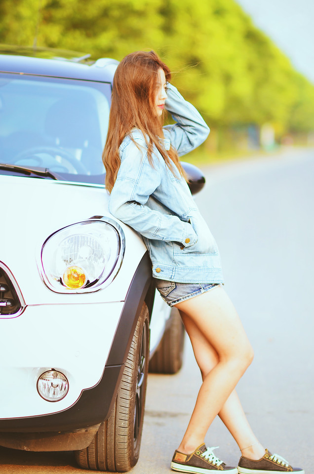 woman-car-girl-young-summer picture material