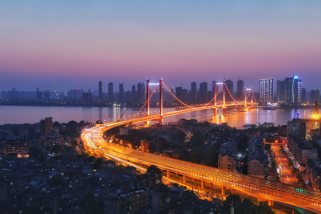 city-dusk-evening-architecture-bridge 图片素材