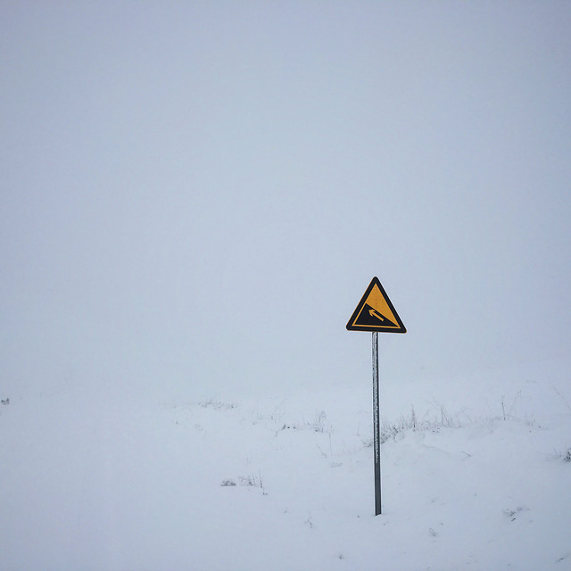 snow-winter-road-danger-street picture material