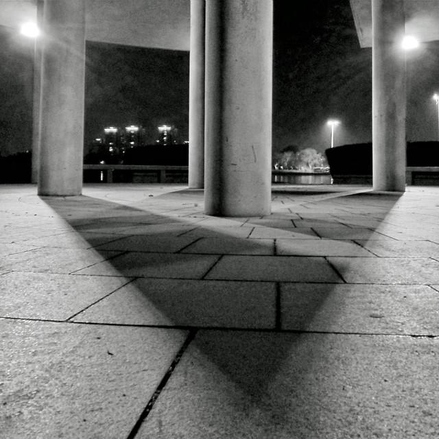 monochrome-street-light-architecture-black-white picture material
