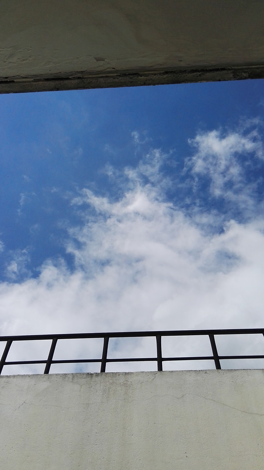 sky-no-person-cloud-daylight-blue picture material