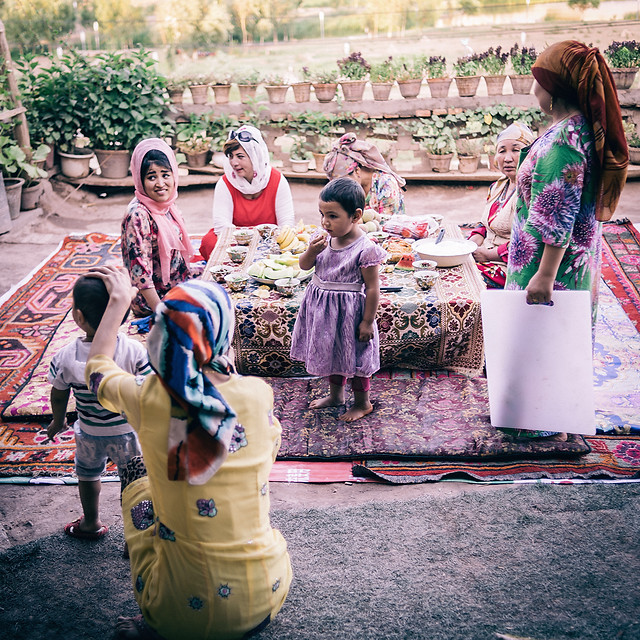 people-festival-traditional-woman-group picture material